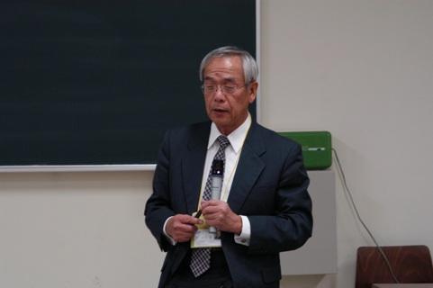 山川 烈特任教授