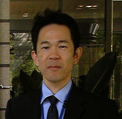 古賀 雅伸 教授