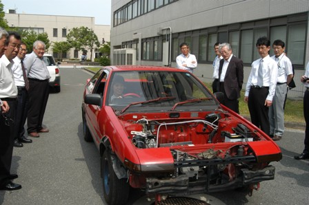 4.学生製作の電気自動車